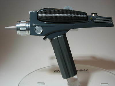 Star Trek  Phaser S&W Fiberglass Midgrade Kit With All Metal Parts Included