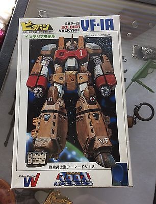 Macross Armored Valkyrie Soldier VF-1A 1/200 Scale Pitaban Kit Vintage Unused