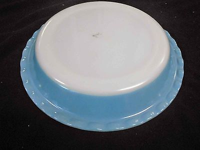 Vintage Pyrex, Milk Glass - Agee 28cm, scalloped dusky blue - excell condition
