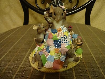 """Charming Tails """"Happiness Is Homemade"""" Figurine"""