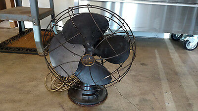 Vintage Emerson 77646-AS Oscillating Electric Fan 3 Speed 4 Blade Antique