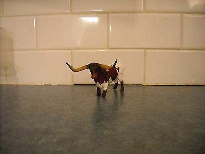 Breyer Stablemate Rare Farm Pinto Long Horn Bull Figurine Tractor Play Set Barn