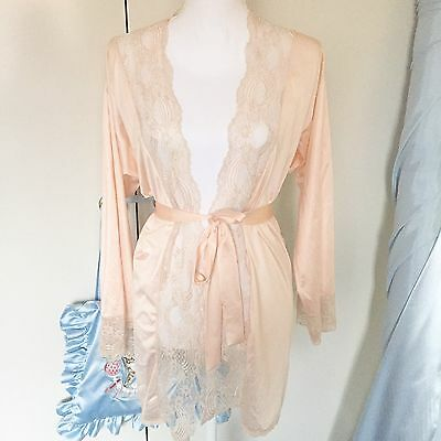 Laced Peach Pink Vintage Robe