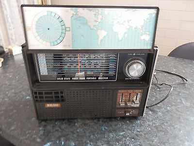 Vintage Radio Antique  Old And Genuine