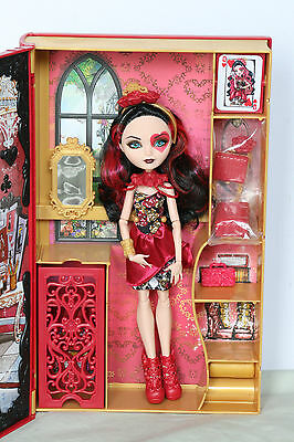 Ever After High Doll Lizzie Hearts Frühlingsfest Spring Unsprung