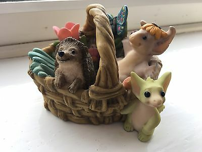 Whimsical World of Pocket Dragons 'Gardeners Basket' (2000) *Collectors Special*