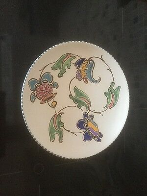 """VINTAGE HONITON  HANDPAINTED POTTERY """" Flowers """" PLATE"""