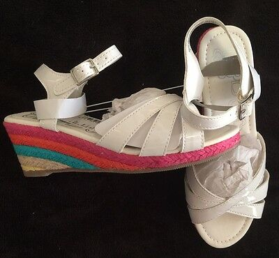 TCP Girls Size   2 Youth White Sandals With Colored Platform Sole NWT