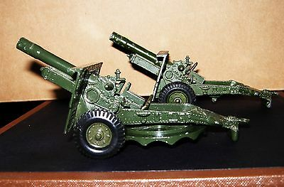 CRESCENT MODELS 25 POUNDER HOWITZERS x 2