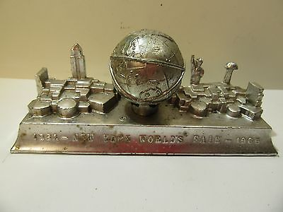 Vintage New York City Metal Building Souvenir Skyline Worlds Fair 1964