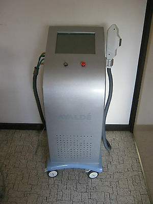 Avalde Advanced Light Therapy IPL Machine For PARTS OR REPAIR NO LIGHT HEADS