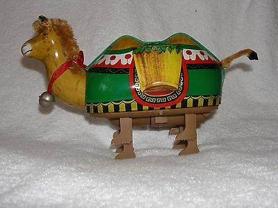 Vintage Tin Toy Egyptian CAMEL Battery Walking Desert Dromadary, China VG Litho
