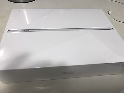 Brand New Sealed iPad 5th Generation, 128gb Silver,Wifi Cellular, Apple Warranty