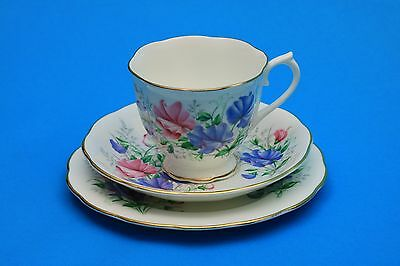 Royal Albert Trio - Friendship Series - Sweet Pea