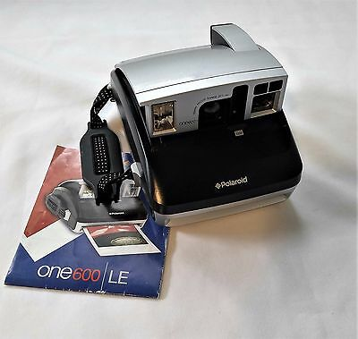 VINTAGE Polaroid ONE 600 Instant Camera Silver - Perfect Condition!  Works!