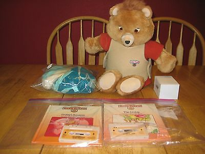 1984/85 Vintage Teddy Ruxpin in excellent running condition