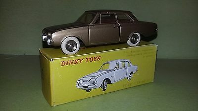 Ford Taunus Dinky Toys Made In  France + Boite Copie