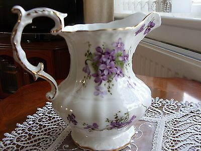 HAMMERSLEY 'VICTORIAN VIOLETS' 1 PINT JUG ~ Superb !