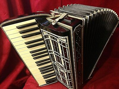 Vintage Pre-War Piano Accordion Black Wurlitzer LMMM 41/120 FOR PARTS OR REPAIR