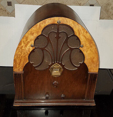 "Philco Model 20 ""Baby Grand"" Cathedral Radio (1930) - WORKING"