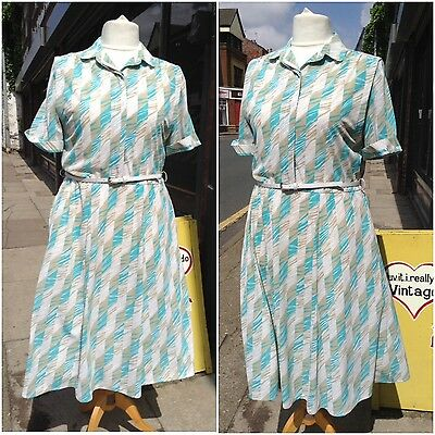 Vintage 1970s 70s Green Abstract Tea Day Dress Size 16