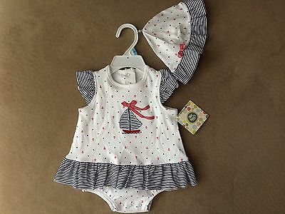 Little Me Infant Girls' Size 6 Months One piece outfit plus matching hat - NWT