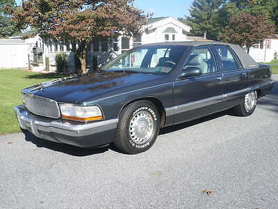 1996 Buick Roadmaster COLLECTORS EDITION 1996 BUICK ROADMASTER SEDAN COLLECTORS EDITION