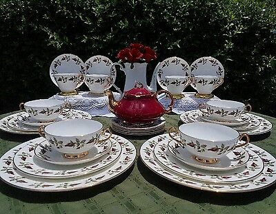 Royal Imperial Bone China Burgundy Red Roses, gold handles, 4 Place settings