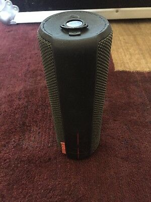 UE BOOM Bluetooth Wireless Portable Speaker System - Black  w/ Charging Cord