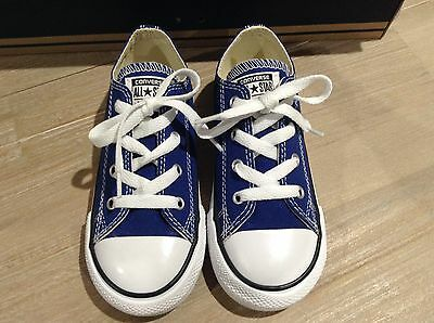 Brand New Authentic CONVERSE Chuck Taylor Toddlers/ Kids Sneakers. Size -10