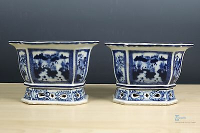 Fine Beautiful Chinese  Blue and white porcelain flower pot
