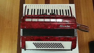 BAILE Accordion with Case