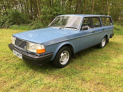 1982 VOLVO 245 DL, ESTATE BLUE, ONE OWNER, 81500 mls, EXCELLENT CONDITION.