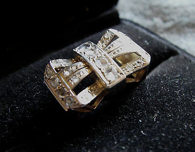 [488] Art Deco 18ct Gold Bow Ring set with Old Cut Diamonds