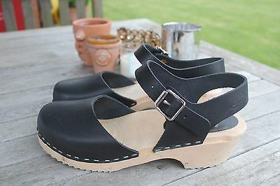 Fabulous Lotta from Stockholm Black Leather Low Woods Clogs - size 39