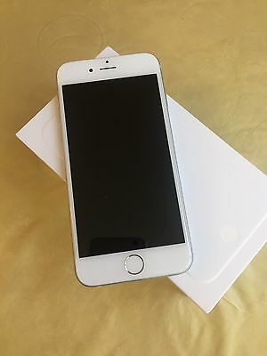 Apple Iphone 6 64Gb Silver Unlocked All Networks Smartphone Boxed Et11