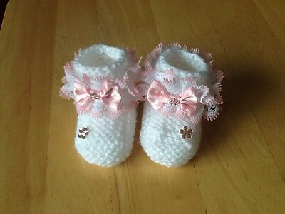 Baby Girls Hand Knitted Booties Newborn White / Pink Lace & Polka Dot Bow