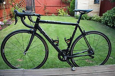 Cannondale CAAD8 road racing bike - size 54cm