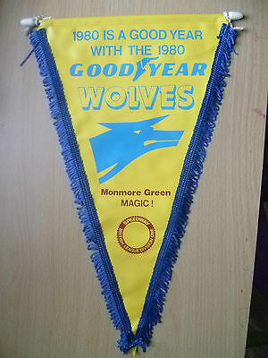 Speedway Pennants- 1980 GOOD YEAR WOLVES, Monmore Green MAGIC ! (apx. 34x20cm)