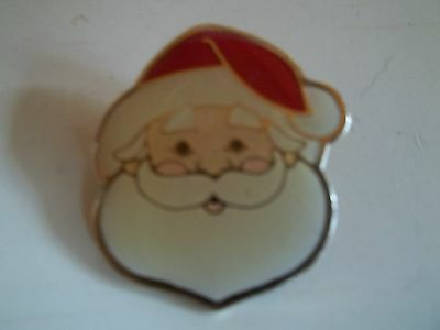 Vintage 1984 Enamel Goldtone Trim Santa Face Christmas Holiday Brooch Pin