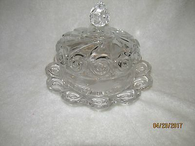 Elegant Clear Glass Round Dome Covered Butter Dish W/ Swirl Design