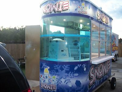 Snowie 5x12 Building Concession Snowball Shaved Ice with Snowie 3000 Ice Shaver