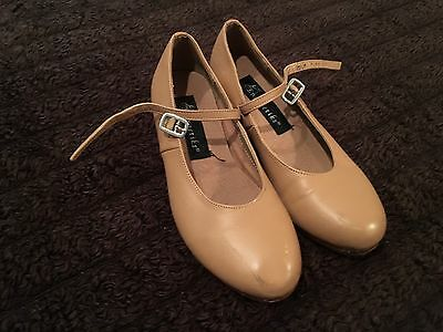 Energetiks girls tan Leather size 5.5 Tap dance shoes