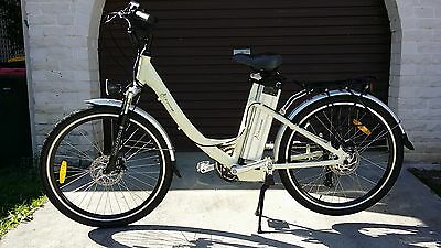 """NEW 26"""" Electric e-Bike w 16Ah Battery 250W 36V STB LiFePO4 Bicycle+ FREE extras"""