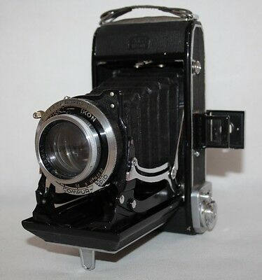 Zeiss Ikon Ikonta 521/2 - 1938 120 Film Folding Camera, Novar 105mm f/3.5 Lens