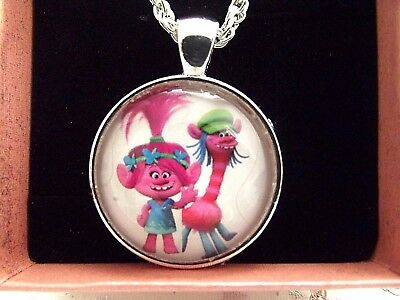 Trolls Poppy Pink And Cooper 18 Inch Necklace 5 To 7 Gift Box Birthday Party