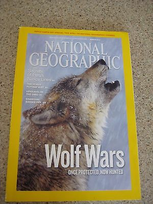 National Geographic 2010 Venus Flytrap / WOLF WARS Once Protected, Now Hunted