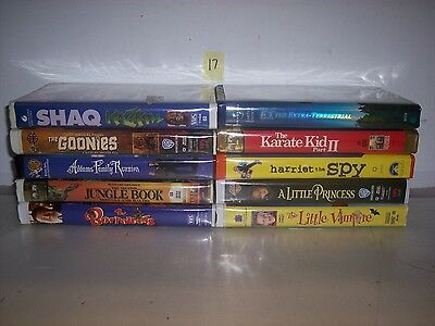 Lot Of 10 Children And Family Vhs Tapes In Clamshell Cases    #17