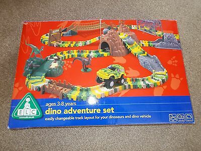Early Learning Centre ELC Dino Adventure Set Dinosaurs and extra Cars Track