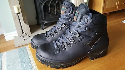 Ladies Meindl Hiking/walking Boots - Size 5